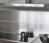 Cuisine sur mesure en inox plans de travail en inox for Peinture carrelage inox